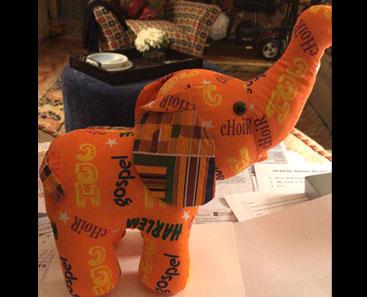 choir-stuffed-toy-elephant